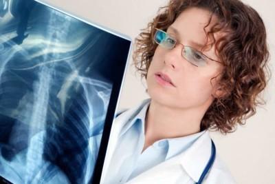 Что такое односторонняя и двусторонняя пневмония у детей? Какие могут быть последствия?