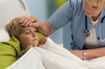 За сколько лечится пневмония у детей в клинике или дома? Как выбрать подходящий стационар?