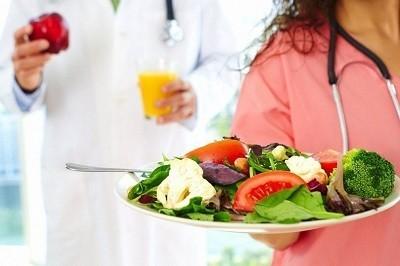 Пневмония у взрослых: питание и режим. Какой диеты придерживаться?