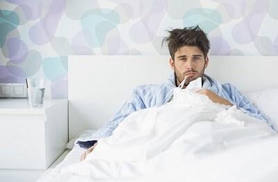Все о том, как лечить пневмонию в домашних условиях: препараты, режим дня и народные методы