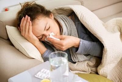 Проявление температуры и кашля у взрослых при пневмонии. А может ли воспаление легких протекать без них?