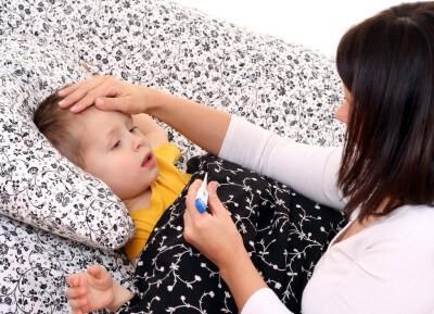 Как распознать пневмонию у детей: симптомы и первые признаки. Что можно определить в домашних условиях?