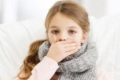 Коварная пневмония: симптомы у детей с температурой и кашлем. Может ли быть без них?