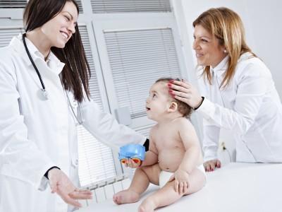 Лечение и симптомы пневмонии у детей до года. Как ее диагностируют?