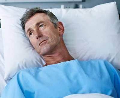 Чего ждать от пневмонии у лежачих больных? Кто входит в группу риска?