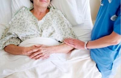 Возникновение пневмонии после инсульта: почему важно вовремя успеть распознать осложнение?