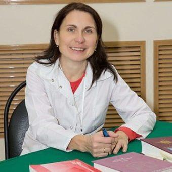 Попова Елена Николаевна – доктор медицинских наук, профессор, врач-терапевт, пульмонолог, нефролог, ревматолог, стаж 29 лет