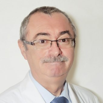 Рогаль Михаил Леонидович, заместитель директора по научной работе, врач-хирург, профессор, стаж 31 год