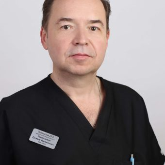 Рустам Рустамович Ташпулатов – детский хирург, стаж 40 лет